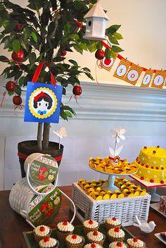 "Snow White ""Apple Tree"" decor - love!"