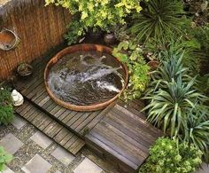Garten Invigorating garden design with a round wooden plunge pool Outdoor Kitchen Introduction Artic Hot Tub Deck, Hot Tub Backyard, Hot Tub Garden, Diy Garden, Small Garden Jacuzzi, Design Jardin, Outdoor Spa, Plunge Pool, Small Garden Design