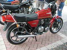 Kawasaki KZ550.