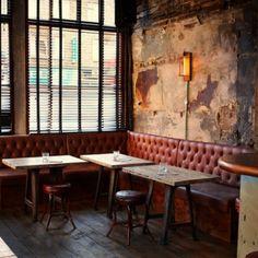 With the success of Spitalfields speakeasy Discount Suit Co, the same team of drink aficionados unveil The Sun Tavern London in Bethnal Green. Pub Interior, Interior Decorating, Interior Design, Deco Restaurant, Restaurant Design, Restaurant Interiors, Café Bistro, Hotel Boutique, Restaurants