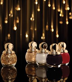 """Diorific Vernis from Dior """"Golden Shock"""" Christmas Makeup Collection Dior Nail Polish, Dior Nails, Nail Polishes, Polish Christmas, Christmas Makeup, Christmas 2014, Holiday 2014, Christmas Gifts, Clean Beauty"""