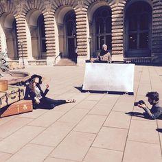 Behind the scenes bei unserem Sommerklassiker-Shooting mit dem Model @jannanilson . Es war ein erfolgreicher Tag mit einem super Team! #kleidoo #behindthescenes #shooting #einblick #sommerklassiker #blusen #blouse #fashion #mode #model #team #goodtime #style #goodday #hamburg #sun