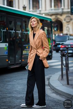Anja Rubik Street Style Street Fashion Streetsnaps by STYLEDUMONDE Street Style Fashion Photography