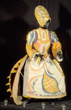 Costume for the Buffoon's Wife in the ballet 'Chout', Diaghilev Ballet Russes, 1920 Theatre Costumes, Ballet Costumes, Cool Costumes, Dance Costumes, Costume Ideas, V & A Museum, Russian Ballet, Modern Dance, Historical Costume
