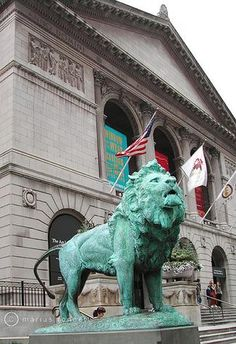 The lion, as sentinel, to the famous Art Institute of Chicago.  If you've never been there, it's a must-visit.