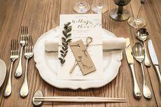 """結婚式で重要な役割を担う!""""席札""""とは結婚式でゲストがテーブルのどの位置に座るの…"""