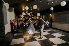 Wedding at 1316 Jones Street venue / Photo by iwen Exposures