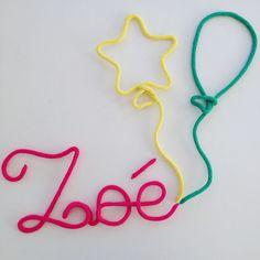 Zoé et des ballons  Deco bébé / cadeau de naissance / Prénom en laine