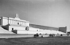 Zeppelinfeld (anos 1930), Nuremberg, Albert Speer.