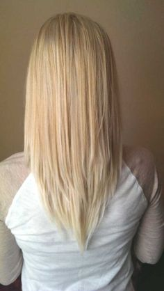 cool V Cut Hairstyle for Medium Length Hair - Blonde Balayage Hairstyles 2017...