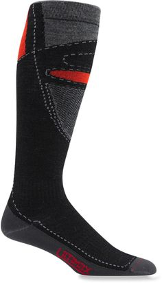 The Wigwam Snow Blitz Pro socks are ultra lightweight and keep feet dry to prevent them from becoming cold.
