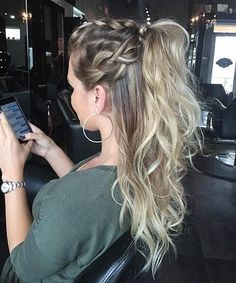 Inspiring Half Up Half Down Hairstyles 2017 for Women