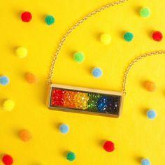 Create your own rainbow 🌈 Origami Owl, Origami Tattoo, Locket Bracelet, Bottle Cap Crafts, Pot Of Gold, Luck Of The Irish, Charm Jewelry, Rainbow Colors, Custom Jewelry