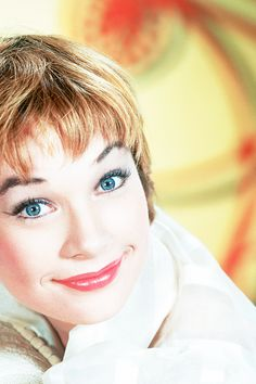 Shirley MacLaine - More at http://cine-mania.it