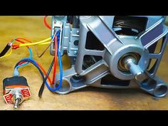 3 ideas from the motor from the washing machine Alternative Power Sources, Alternative Energy, Electrical Circuit Diagram, Electrical Wiring, Homemade Tools, Diy Tools, Drum Seat, Washing Machine Motor, Diy Go Kart