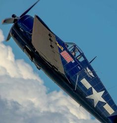 Celebrating the aircraft designed and built on Long Island, along with other planes I think are beautiful. Ww2 Fighter Planes, Ww2 Planes, Fighter Aircraft, Navy Marine, Us Navy, Grumman F6f Hellcat, Grumman Aircraft, Aircraft Design, United States Navy