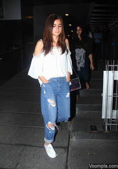 Boyfriend jeans! Alia Bhatt spotted wearing loose and comfy ripped jeans, popularly known as boyfriend jeans. via Voompla.com