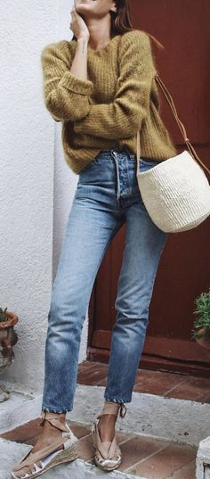 summer outfits Khaki Knit + Bleached Jeans