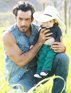 Aaron Díaz - Arturo y Arturito #tierradereyes Tierra de Reyes #BebeSusurrador
