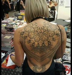 Female Back Tattoo Tattoos Back Tattoo Women Tattoos Full Back inside measurements 1020 X 1335 Female Full Back Tattoos Pictures - The back tattoo is Hot Tattoos, Great Tattoos, Beautiful Tattoos, Body Art Tattoos, Sleeve Tattoos, Tattoo Girls, Girl Tattoos, Tattoos For Women, Tatuajes Amy Winehouse