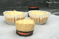 French Press: {mini} Pumpkin Cheesecakes with an Oreo Crust