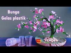 Ide Kreatif Gelas Plastik ! Kerajinan Barang Bekas ! Used Plastic Glass Creations - YouTube Burlap Flowers, Diy Flowers, Paper Flowers, Recycled Crafts, Diy And Crafts, Paper Crafts, Recycled Bottles, Recycle Plastic Bottles, Burlap Flower Tutorial