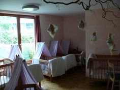 Waldorfkindergarten: Raumgestaltung - what a lovely peaceful environment for babies to sleep in