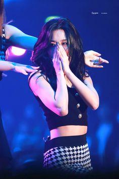 Kpop Girl Groups, Korean Girl Groups, Kpop Girls, Brave Girl, Kang Seulgi, Red Velvet Seulgi, Pretty Hairstyles, Korean Singer, South Korean Girls