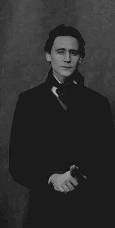 Tom Hiddleston sporting an Victorian Era suit.