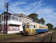 127 Administración de Ferrocarriles del Estado Brill 60 at Montevideo, Uruguay by Óscar