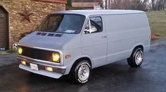 looking for a late early style sun visor want to keep the muscle van look to fit my 87 dodge I transferred this Dodge to a bad-ass 72 chevy. Station Wagon, White Van Man, Chevrolet Van, Gmc Vans, Old School Vans, Dodge Van, Vanz, Panel Truck, Cool Vans