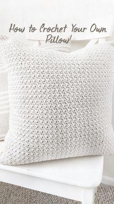 Diy Crochet Pillow, Crochet Pillow Patterns Free, Modern Crochet Patterns, Crochet Stitches, Knitted Headband Free Pattern, Crochet Home Decor, Knitted Blankets, Crochet Projects, Diy Throw Pillows