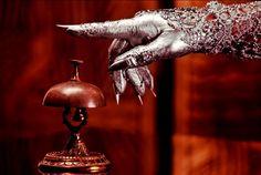 AMERICAN HORROR STORY: DEVELADOS TODOS LOS PERSONAJES DE HOTEL - Series - http://befamouss.forumfree.it/?t=71210278