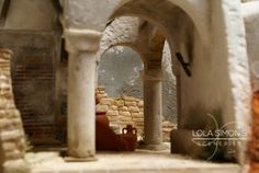 Construcción realizada en poliestireno extruido para figuras de 20cm  Cántaros: Mibako Fontanini Nativity, Cribs, Scenery, Projects To Try, Display Ideas, Advent, Roman, Angels, Deviantart