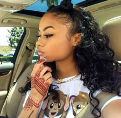 India Westbrooks the henna design Black Girls Hairstyles, Pretty Hairstyles, Curly Hair Styles, Natural Hair Styles, Hair Laid, Weave Hairstyles, Baddie Hairstyles, Protective Hairstyles, Lace Wigs
