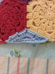 """The little """"filler"""" to straighten the edges on a hexagon blanket.Original idea from Vanessa of Coco Rose Diaries and the pattern written by Jeany of meanyjar. Look at Jeany's blog for her version of the pattern. I'll be trying this on my blanket soon!! http://www.ravelry.com/projects/Tinaspice/crochet-hexagon-blanket"""