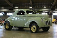Drop dead gorgeous Willys...