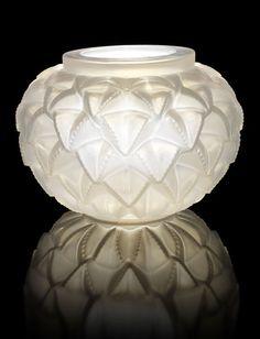 ♔ René Lalique 'Languedoc' ~ Vase ~ Opalescent glass, frosted ~ 1929