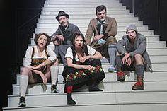 """Dt. Erstaufführung: """"das scheißleben meines vaters // das scheißleben meiner mutter // und meine eigene scheißjugend"""" von OLIVER KLUCK / ANDREAS ALTMANN, theater an der rott Eggenfelden"""
