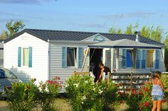 Camping Les Fontaines 3* Canet en Roussillon Plus d'infos : https://www.tohapi.fr/languedoc-roussillon/camping-fontaines.php