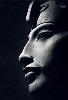 Akhenaten, Pharaoh of the 18th dynasty of Egypt.