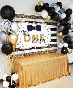 ONEderful Party Dekoration Acidophilus: To eat or not to eat Article Body: W Boys First Birthday Party Ideas, Little Man Birthday, First Birthday Decorations, Birthday Themes For Boys, Baby Boy First Birthday, Gold Birthday Party, Birthday Centerpieces, Birthday Photos, Birthday Gifts