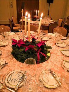 διακόσμηση βάπτισης με χριστουγεννιάτικο θέμα, annassecret, Χειροποιητες μπομπονιερες γαμου, Χειροποιητες μπομπονιερες βαπτισης Table Settings, Christmas Decorations, Place Settings, Christmas Decor, Christmas Tables, Tablescapes, Christmas Jewelry