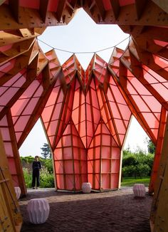Local artists Heather and Ivan Morison were asked to design a contemporary structure that would attract visitors and kickstart fundraising for the restoration of Berrington Hall's walled garden.