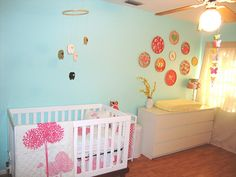 Baby girl room ideas the decor of the room looks clean and beautiful