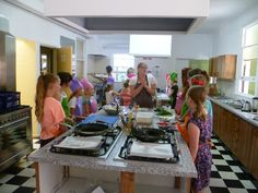 Kids Cooking Classes with Masterchef Winner Kate Bracks Cooking For Beginners, Cooking Classes For Kids, Cooking With Kids, Classroom Pictures, Class Pictures, Cooking Venison Steaks, Australia Day Celebrations, Baking School, Culinary Classes