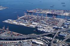Japan's Sumitomo Eyes Ship-to-Ship LNG Bunkering in Tokyo Bay Yokohama, Color Theory, City Photo, Tokyo, Japan, Airports, World, Minecraft, Ships
