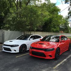 "Welcome To The Car Game en Instagram: ""Badass Chargers! Follow @Sinister_Hellcat & @Sinister_ScatPack"""
