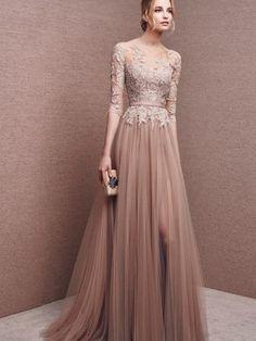 A-Line/Princess Bateau 1/2 Sleeves Lace Floor-Length Tulle Dresses