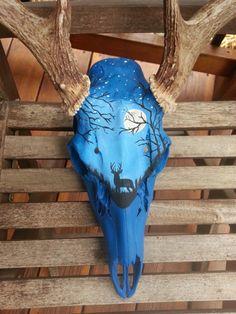 Hand painted buck skull Real skull by AndiBauerArt on Etsy Deer Skull Decor, Deer Hunting Decor, Painted Animal Skulls, Cow Skull Art, Deer Art, Antler Crafts, Antler Art, Bone Crafts, Skull Painting